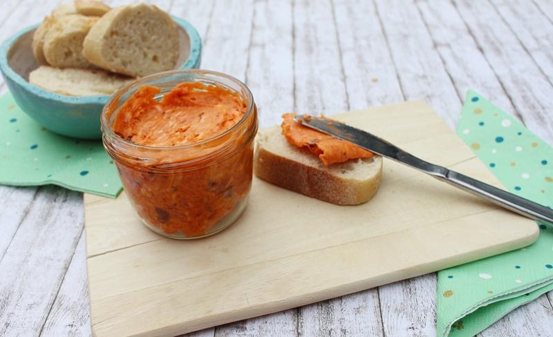 Tomatenbutter mit Knoblauch